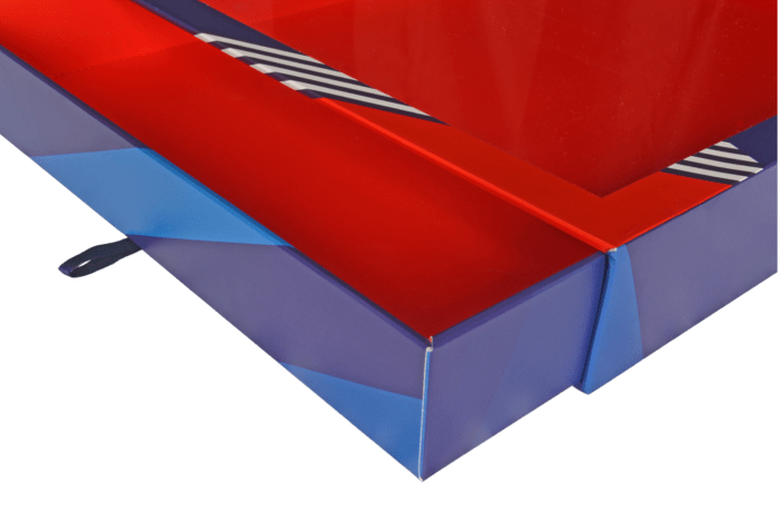 Boîte vitrine bleue et rouge